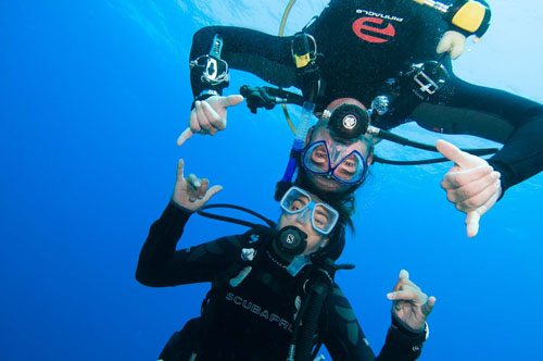 diving together with A Water Odyssey Scuba